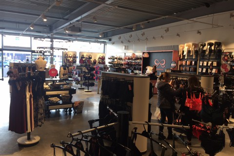 Westerlo - Outlet -  Hunkemöller - Retail Point